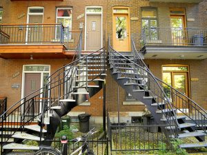 10650311796_a1f438edb5_montreal-stairs